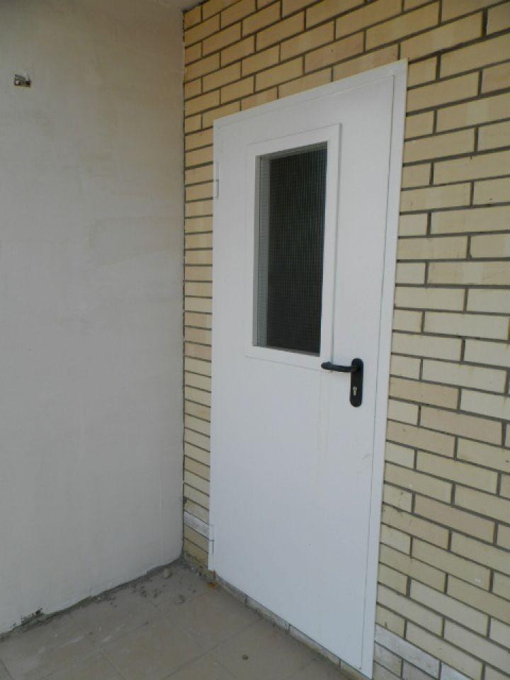 металлические двери для новостроек